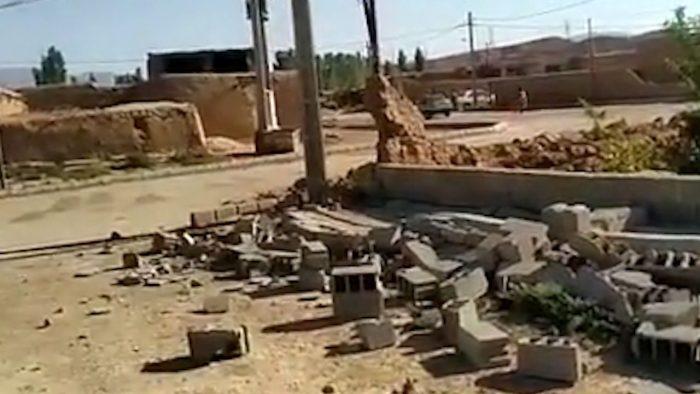 فیلم» بخشی از خسارت زلزله بامداد امروز در روستاهای جاجرم