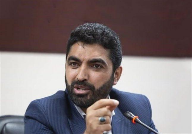 عضو فراکسیون دیپلماسی مجلس: ظریف خطایی راهبردی مرتکب شد / حاج قاسم مولفه بزرگ قدرت برای نظام است
