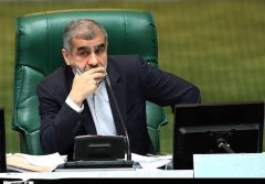نیکزاد: ۴۶ میلیون نفر بعد از دعوت دولت، سرمایهشان را در بورس از دست دادند