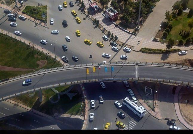 ترافیک نیمه سنگین در ورودیهای تهران/ بارش در جادههای ۱۰ استان
