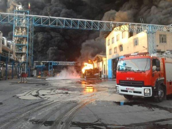 اولین تصاویر از آتشسوزی مهیب در شهرک شکوهیه قم